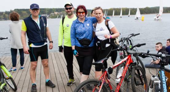 Uczestnicy rajdu rowerowego regaty HMMC