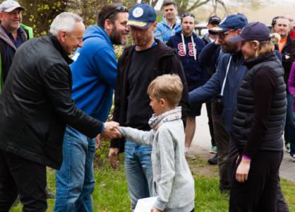 Zakończenie regat Burmistrz Witkowicz gratuluje Piątce +